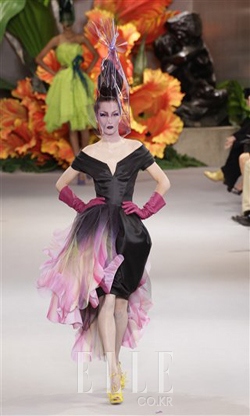 2010 F/W 오트쿠튀르Christian Dior Haute Couture