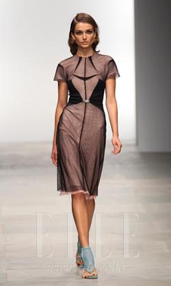 2012 S/S 런던컬렉션Mario Schwab