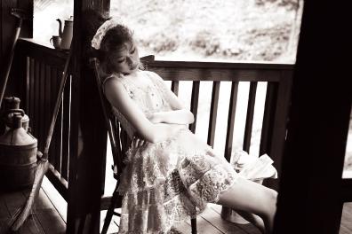 고즈넉한 정원의 일상에서 만나 페전트 소녀