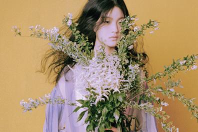 봄, 꽃, 그리고 여자