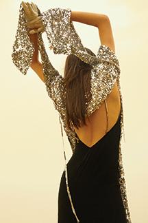한 겨울에 펼쳐진 맥시 드레스 모먼트