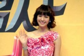 김소연, 로맨틱한 핑크 프린세스로 변신하다