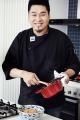레이먼 킴이 만드는 김치국밥의 의미