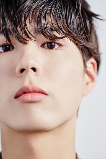 박보검, 이번엔 변호사로 변신했다