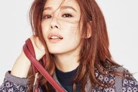 배우 김현주와 토리버치의 가을, 겨울 룩.