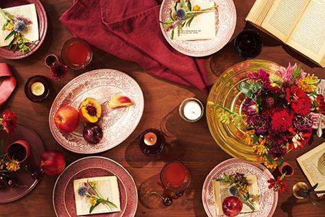 분위기 있는 웨딩 테이블
