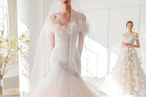 로맨틱 스타일의 웨딩 드레스
