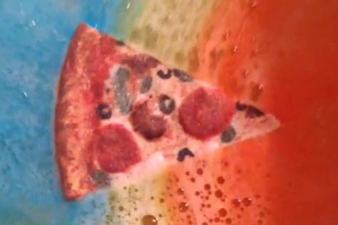 욕조에 피자를 넣으면?
