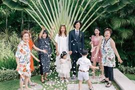 하객없이 가족끼리 모여 진행한 결혼식