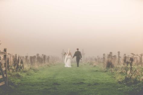 폭풍 속 결혼식