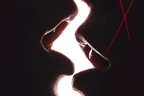 진심의 유통기한이 단 하루뿐인 사랑? 파티 시즌에 다시금 붉어진 '원 나잇 스탠드' 찬반 양론. 강력하게 반대하는 이들의 이유있는 항변 먼저! :: 섹스,성욕,원나잇스탠드,자유연애,엘르,엘르걸,elle.co.kr