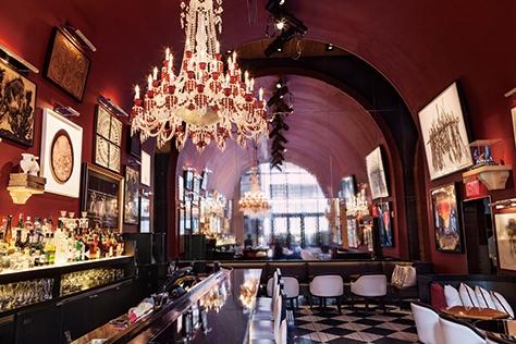 반짝반짝 빛나는 우아함의 결정체, 뉴욕 바카라 호텔에서는 매일 마법이 펼쳐진다.::바카라,바카라호텔,뉴욕,뉴욕여행,호텔,인테리어,데코,엘르데코,엘르,elle.co.kr::