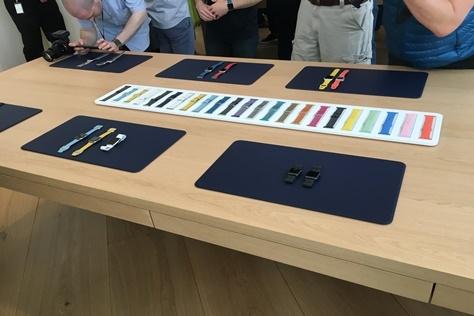 현재 실시간 검색어 상위를 오르내리고 있는, 애플의 '아이폰 SE' 발표 현장에 <엘르>가 직접 출동했습니다.::애플,아이폰,아이패드,애플워치,애플펜슬,iPhoneSE.iPhone6S,iPhone6SPlus,iPad,iPencil,apple,elle,ellekorea::
