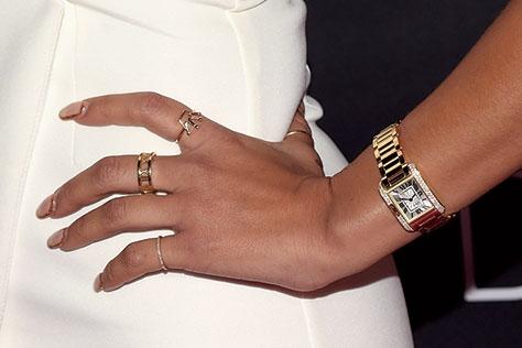브레이슬렛보다 우아한 손목시계.::시계,손목시계,워치,액세서리,엘르 액세서리,엘르,elle.co.kr::