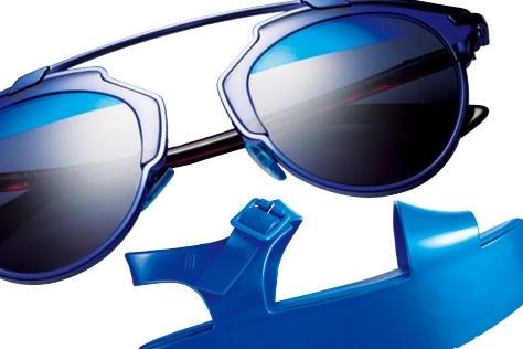 원초적 아름다움을 간직한 심연의 바다를 닮은 컬러.::블루,딥블루,청량,바다색,섬머,썸머,여름,파랑,파란색,트렌드,백,가방,슈즈,구두,쇼핑,액세서리,엘르 액세서리,엘르,elle.co.kr::