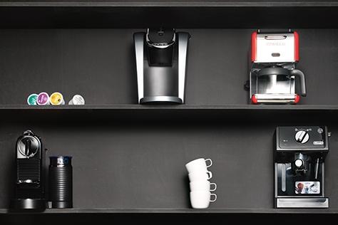 성능부터 디자인까지 '짱짱맨'. 능력 좋은 커피 머신 7대.