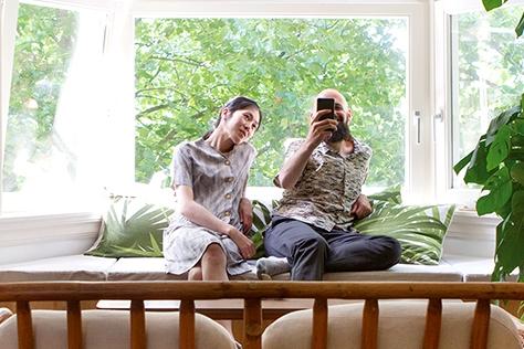 이름 앞 글자를 딴 BCXSY로 활동 중인 듀오 디자이너 보아즈 코헨과 사야카 야마모토의 암스테르담에서 가장 소박한 집::BCXSY,보아즈 코헨,사야카 야마모토,집,인테리어,데코,홈퍼니싱,엘르,elle.co.kr::
