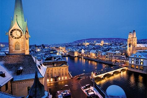 프랑스, 스위스, 독일을 허니문 여행지로 꼽으면 지루하지만 보르도, 취리히, 함부르크라면 다르다. 익숙한 이름의 도시에서 '인생 여행'을 즐기는 방법::허니문,신혼여행,프랑스,스위스,독일,보르도,취리히,함부르크,여행,엘르,elle.co.kr::