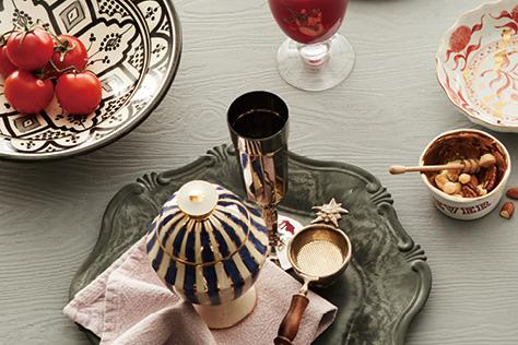 때로는 화려하게, 그러나 우아한 테이블 웨어::테이블,신혼,살림,식사,식탁,그릇,식기,테이블웨어,한식,결혼,결혼식,신부,웨딩,브라이드,엘르 브라이드,엘르,elle.co.kr::