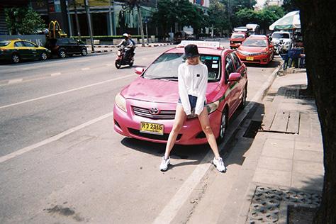 쇼핑과 휴양을 동시에 즐기고 온 모델 안아름의 포토 다이어리::방콕,안아름,모델,화보촬영,태국,땡모반,바캉스,휴가,여름휴가,여행,여행사진,엘르,elle.co.kr::