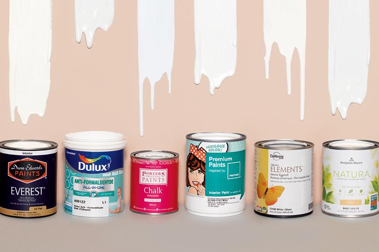 좋은 성분과 감각적인 컬러로 무장한 요즘 대세 페인트들. 흰색으로 통일해 비교해 가며 발라보았다::페인트,흰색,화이트,흰색계열,데코,elle.co.kr,엘르::