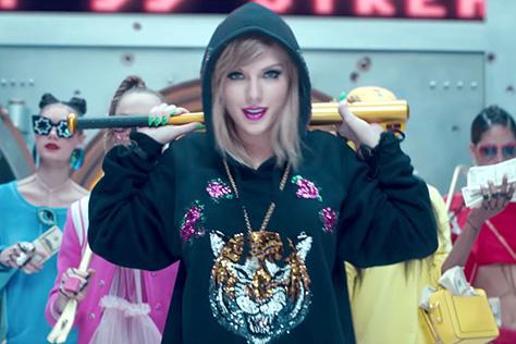 테일러 스위프트의 'Look What You Made Me Do' 뮤직비디오가 유튜브에서 말도 안되는 기록을 세웠다::테일러 스위프트, Taylor Swift, 뮤직비디오,유튜브순위,유튜브,엘르,elle.co.kr::