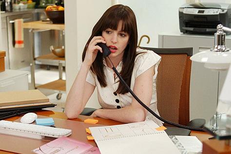 스트레스가 퇴사를 부른다. 내 회사생활이 지금 전혀 괜찮지 않다는 여섯 가지 증상::퇴사, 워라밸,  번아웃, 커리어, 퇴근,회사,직장,스트레스,엘르, elle.co.kr::