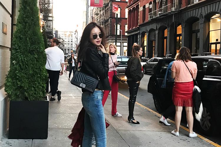 패션위크를 맞아 뉴욕을 찾은 스타들의 패션 스타일::손나은, 소녀시대 유리, 앰버, 아이린, 제시카, 뉴욕패션위크, 스타 패션, 셀럽 패션, 엘르,elle.co.kr::