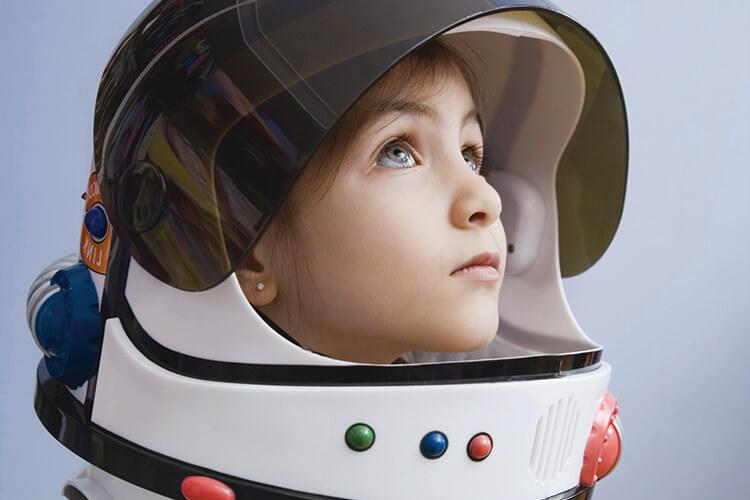 기술의 발달로 우리가 사는 세상은 인류 역사 중 그 어느 때보다 빠르게 변모하고 있다::미래,기술,인공지능,AI,엘르,elle.co.kr::
