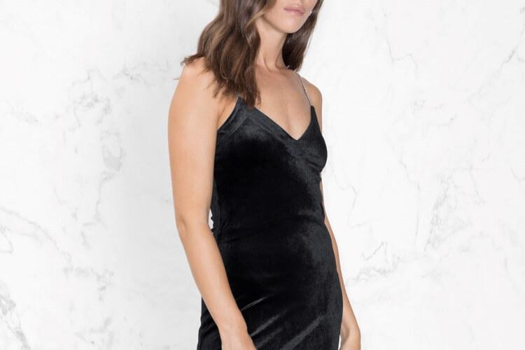 30만원 이내로 구매할 수 있는 가성비 좋은 드레스 6! ::홀리데이,스타일,드레스,파티,크리스마스,연말파티,송년회,엘르,elle.co.kr::