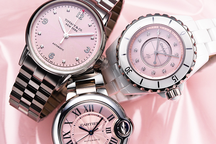모던한 원형 다이얼에 물든 마성의 핑크 시계::핑크,핑크시계,시계,손목시계,워치,분홍,엘르,elle.co.kr::