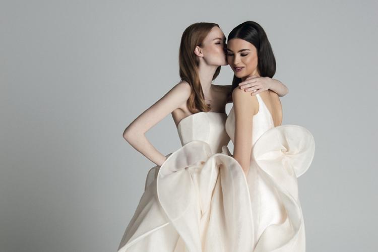 웨딩 드레스부터 허니문 리조트까지. 결혼을 앞둔 당신을 위한 최고의 어워즈가 찾아옵니다.