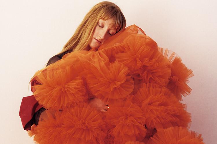 동시대 슈퍼 패피들의 마음을 사로잡은 29세 젊은 디자이너 몰리 고다드의 성공 스토리::몰리고다드,몰리,디자이너,패션디자이너,엘르,elle.co.kr::