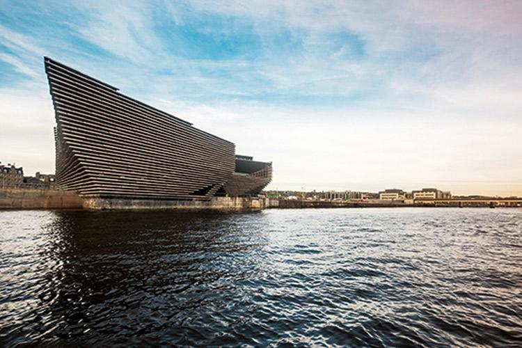 디자인 박물관의 정수로 꼽히는 런던 V&A뮤지엄 분관 V&A 던디가 개관한다 ::디자인, 디자인박물관, V&A, 뮤지엄, 분관V&A, 던디, Dundee, 엘르, elle.co.kr::
