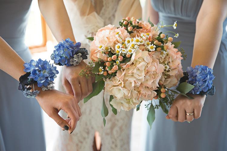 태평양이 내려다보이는 절벽과 햇살을 배경으로 우린 결혼을 했다 ::웨딩, 결혼, 웨딩스토리, 웨이퍼러스, 채플, 프랭크로이드라이트, 해외웨딩, 하우스웨딩, 스몰웨딩, 엘르, elle.co.kr::