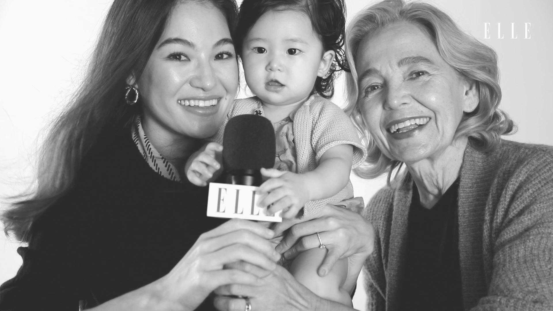 한국 남자와 사랑에 빠진 마틴 프로스트 교수와 그녀의 딸 올리비아, 9개월 된 루나까지. 여자라는 유대감으로 나이 듦이 두렵지 않은 아름다운 3대의 이야기