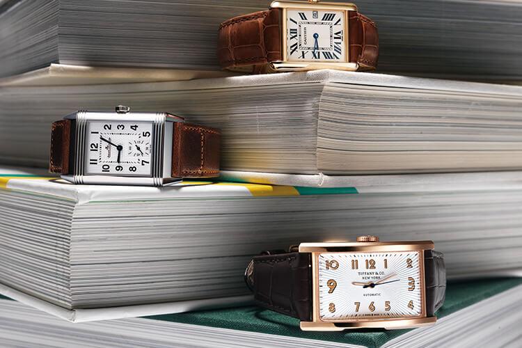 따스한 햇살을 머금은 브라운 레더 스트랩 워치의 황금빛 시간::시계,워치,레더,스트랩워치,액세서리,악세서리,패션,엘르,elle.co.kr::