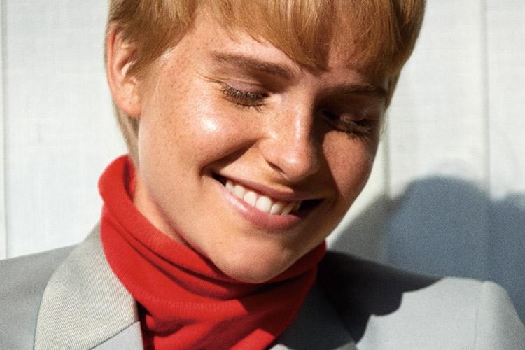 영민한 여자들은 테일러드 재킷을 입고 세상과 마주한다 ::재킷, 가을, 테일러드재킷, 아우터, 패션, 엘르, elle.co.kr::