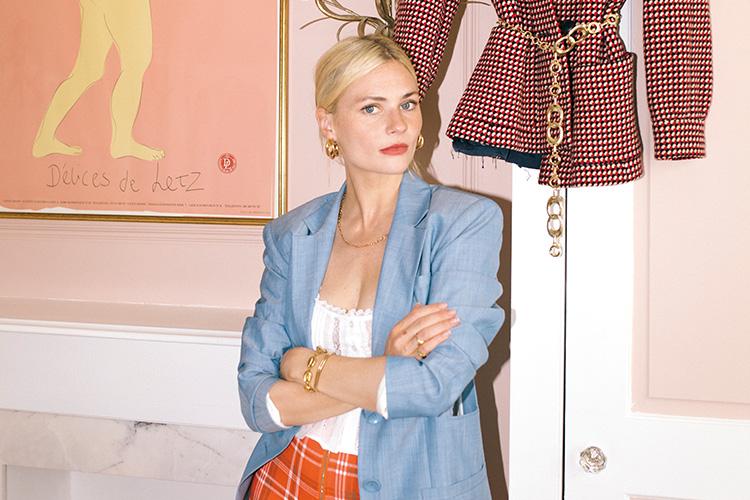 패션 스타일리스트이자 저널리스트 판도라 사익스의 옷장 속을 들여다보고 의식 있는 소비자가 되는 방법을 살펴봤다::판도라 사익스,옷장,스타일리스트,패션,인플루언서,소비,엘르,elle.co.kr::