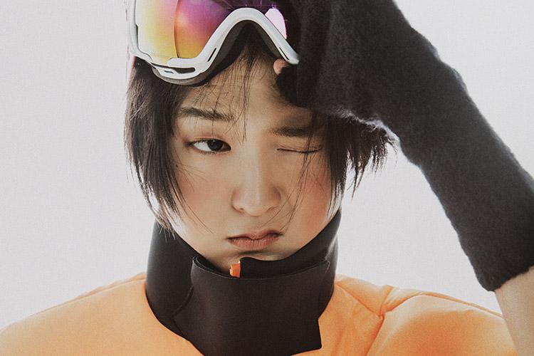 유쾌하고 페미닌한 터치를 더한 한겨울의 스키 룩 스타일링::스키 룩,스키,스타일링,패션,엘르,elle.co.kr::