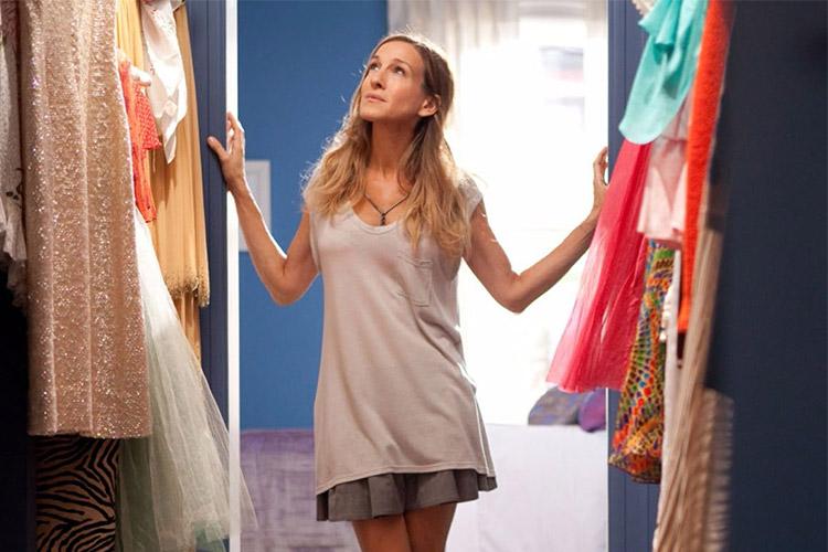 옷장이 미어터지도록 옷으로 가득한데, 정작 오늘 입을 옷이 없다? 매일 밤 혹은 아침마다 옷장 앞에서 이런 고민을 겪고 있는 당신을 위해 준비했다. 옷장 속 옷 120% 활용하는 7가지 비법!