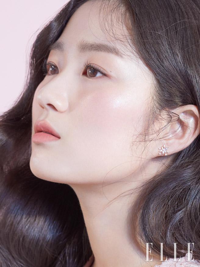 김혜윤,김혜윤화보,김혜윤엘르화보,엘르화보,엘르3월호