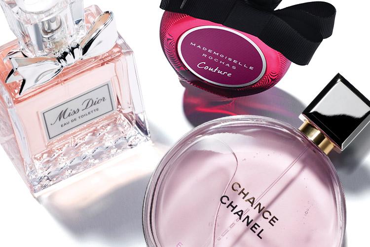 파우더 핑크, 푸시아 핑크, 페일 핑크처럼 '핑크'라는 뼈대만 같을 뿐 각기 다른 분위기의 향수 컬렉션::향수, 퍼퓸, 핑크, 파우더, 푸시아, 페일, 봄, 분위기, 향, 뷰티, 엘르, elle.co.kr::