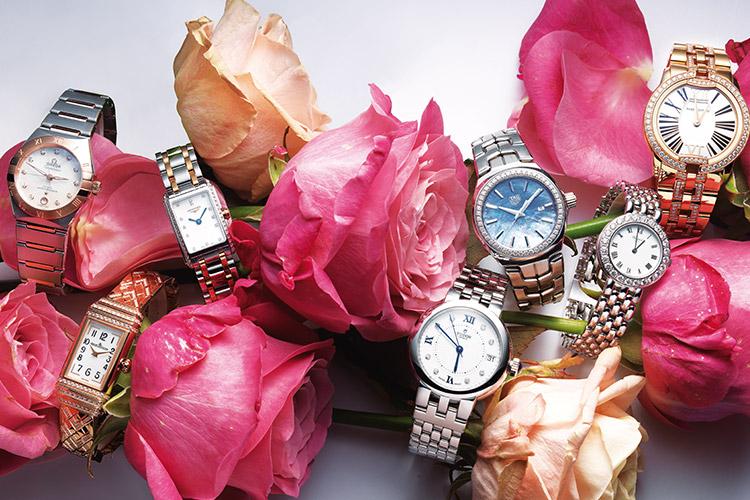 언제나 예물 1순위로 손꼽히는 세련된 스틸 브레이슬렛 워치::시계, 예물시계, 워치, 스틸, 브레이슬렛 워치, 예물, 결혼, 웨딩, 결혼식, 커플, 예비부부, 패션, 엘르 브라이드, 브라이드, 엘르, elle.co.kr::