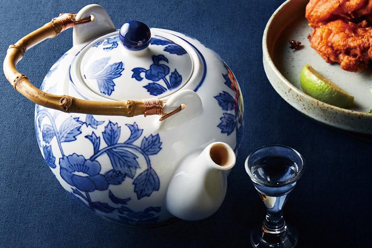 양꼬치와 마라가 식탁을 점령했다면 이번엔 중국 술이다. 곁들이는 요리에 따라 맛이 바뀌는 바이주 공략법::바이주,중국 술,술,알콜,음료,엘르,elle.co.kr::